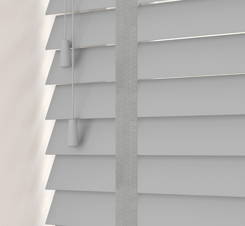 Taped venetian blinds